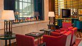 Residence Inn Arlington Capital View Lobby