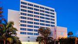 Holiday Inn Palm Beach Airport Exterior