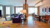 Renaissance Bangkok Ratchaprasong Hotel Suite
