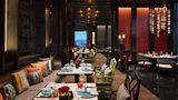 Bangkok Marriott Hotel The Surawongse Restaurant