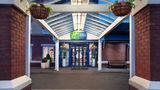 Holiday Inn Express Strathclyde Park M74 Exterior