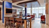 Holiday Inn Express & Stes Marshalltown Lobby
