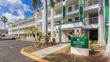 HomeTowne Studios Fort Lauderdale Exterior
