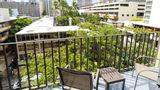 Ohia Waikiki Studio Suites Exterior