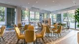 TownePlace Suites Downtown/Capitol Dist Restaurant