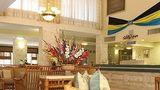 Castaways Resort & Suites Lobby