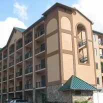 Summit Manor Condominiums