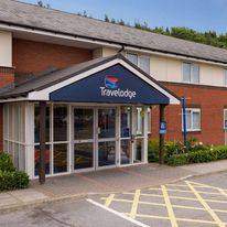 Travelodge Wakefield Woolley Edge South