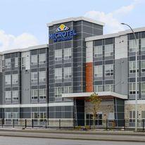Microtel Inn & Suites by Wyndham Kelowna