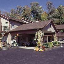 Jonathan Creek Inn & Creekside Villas
