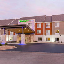 Holiday Inn Express & Suites ChicagoWest