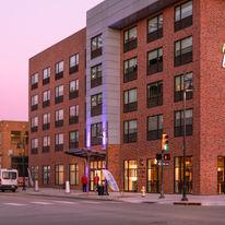 Holiday Inn Express/Stes Tulsa Downtown