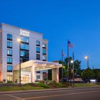 Fairfield Inn & Suites Charleston