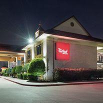 Red Roof PLUS+ Dallas - Addison