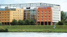 Trans World Hotel Douauwelle