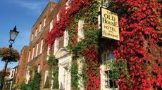 The Old House Hotel & Restaurant