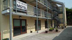 Beach Motel