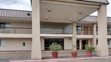 Rodeway Inn & Suites Texarkana