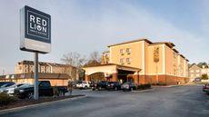 Red Lion Inn & Suites Saraland
