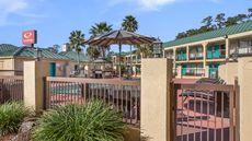 Econo Lodge Inn & Suites Hardeeville