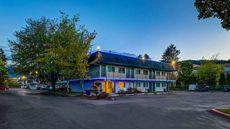 Motel 6 Issaquah