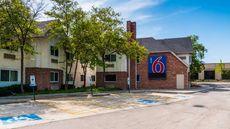 Motel 6 Arlington Hgts