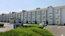 Microtel Inn & Suites by Wyndham Charles