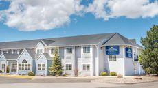 Microtel Inn & Suites by Wyndham Raton