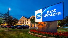 Best Western Inn & Suites Merrillville