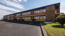 Scottish Inn & Suites Eau Claire