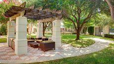 Courtyard by Marriott Addison Quorum