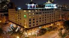 Holiday Inn Centrevillle Downtown