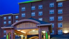 Holiday Inn Chantilly-Dulles Expo