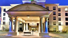 Holiday Inn Express Suites Oak Ridge