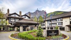 Pomeroy Kananaskis Mountain Lodge