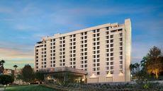 Marriott Riverside at Convention Center