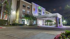 Holiday Inn Express Arlington North