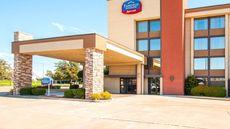 Fairfield Inn & Stes Dallas/Ft Worth Apt