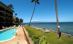 Kahana Reef Resort
