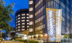Cosmos 100 Hotel