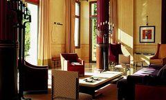 Royal-Riviera Hotel
