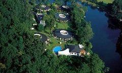 Fishtail Lodge