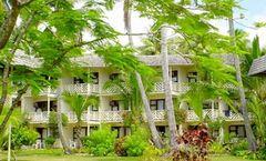 Edgewater Resort & Spa