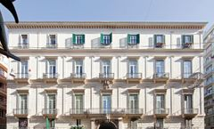 Napolitamo Hotel Toledo