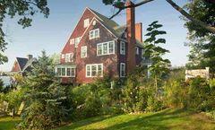 1889 WhiteGate Inn & Cottage