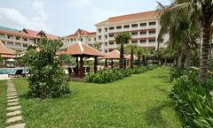 Royal Angkor Resort & Spa
