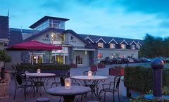 Horse & Jockey Hotel