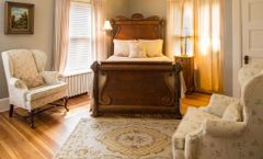 The Lion and the Rose Bed and Breakfast