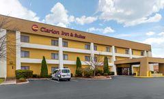 Clarion Inn & Suites at Turkey Creek