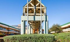 Rodeway Inn & Suites at Fiesta Park